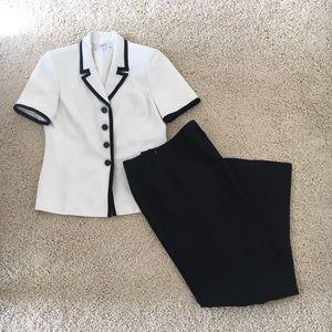 Le Suit Black/White Women's Pant Suit